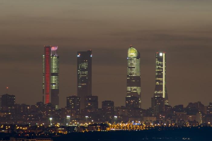 torres-2287775.jpg